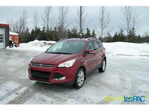 Ford Escape 2015 Titanium AWD 19995$