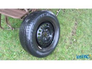 4 pneus d'été monté sur jantes,roues 15 pouces Pontiac 215/70R15