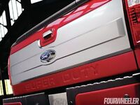 Super Duty tailgate Ruby Red