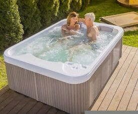 Arden Spas Moonstone Hot Tub