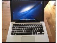 Apple Macbook Pro 13 inch early 2011 i7 2.7 Ghz 16GB 1333 Mhz DDR3 Samsung 256 SSD and Nifty drive