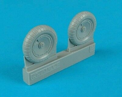 CLEARANCE Aires 4324 1:48 Focke-Wulf Fw-190A-3 wheels with paint masks