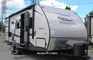 2016 Coachmen RV Freedom Express 231RBDS Travel Trailer