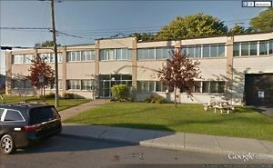 OFFICE & WAREHOUSE SPACE FOR RENT IN VILLE ST-LAURENT!
