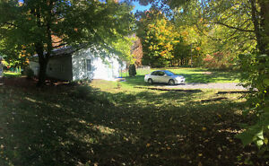 Open concept country home on 3.68 Acres Perth Rd near Sydenham
