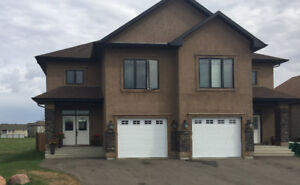 Beautiful Executive Duplex For Rent in Morinville