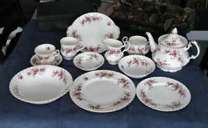 Royal Albert Lavender Rose Dinner Set, Ensemble de vaisselle