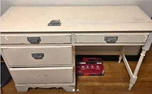 SHABY CHIC DESK - UNFINISHED PROJECT