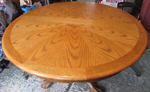VINTAGE OAK DINING TABLE CLAW FEET + 6 CHAIRS
