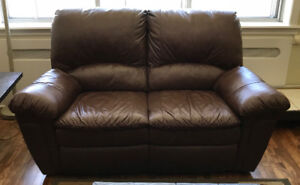 2-Seater Reclining Leather Couch / Love Seat