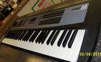 Kurzweil KME-61 Synthesizer with Sustain Pedal