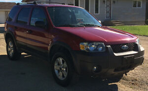 "2006 Ford Escape XLT V6 $5500.00 OBO ""SAFETIED JUNE 14, 2017"""