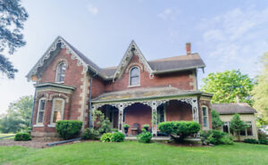 Beautiful Ancaster Heritage Home, Pre 1850!