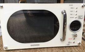 Daewoo 800W Cream Microwave
