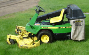 BAGGER FOR JD F525 FRONT MOUNT MOWER WANTED TO BUY.