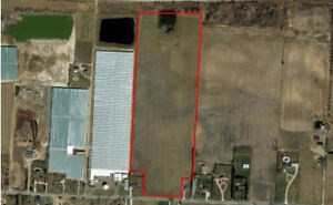 28.68 Acres of Land in Leamington