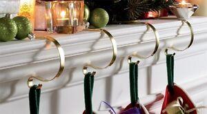 set of 4 mantle clips christmas stocking fireplace mantel hanger ebay. Black Bedroom Furniture Sets. Home Design Ideas