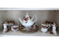 ROYAL ALBERT `OLD COUNTRY ROSES` ITEMS - Unused
