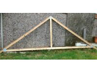 10 roof trusses
