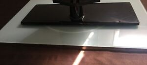 Glass rotating tv stand