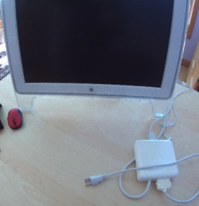 Apple Cinema Display M8149 with A1006 ADC/DVI adapter