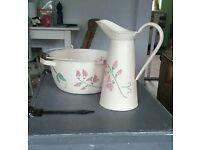 Decorative jug and bowl set