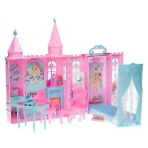 Princess and the Pauper Castle. Comes with furniture. BRAND NEW Kingston Kingston Area image 1