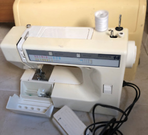 Sears kenmore 14 sewing machine $97