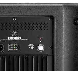 2 Speakers (Mackie HD1221) Gatineau Ottawa / Gatineau Area image 2