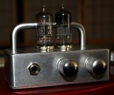Low power Australian made valve guitar amp ' The Stack'
