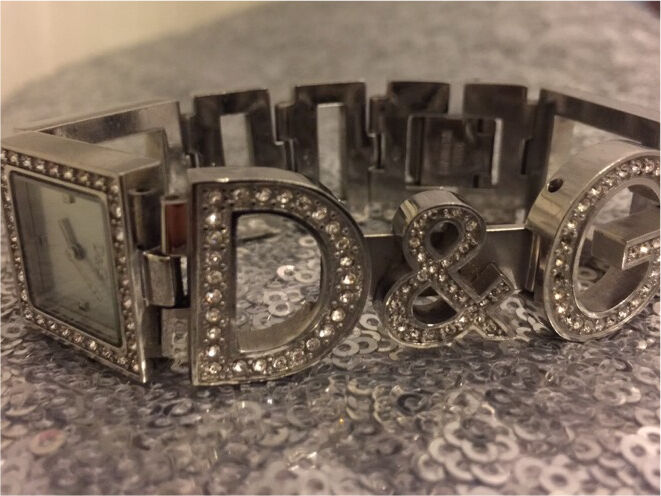 D&G women watch. Ignore Chanel Dior Burberry Zara Mac