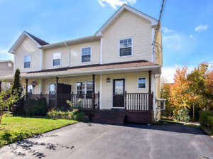 Move-in READY! Absolutely beautiful house in Timberlea!