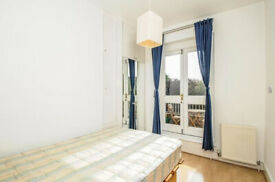 1 bedroom flat with private balcony in Archway-Deposit Free