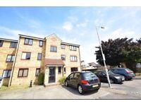 Watford stunning two bed appartment with parking