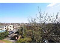 !!!!MASSIVE 1 BEDROOM FLAT WITH PRIVATE BALCONY IN A SECURE PURPOSE BUILT BLOCK IN IDEAL LOCATION!!!