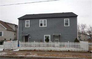 Looking for Convenience and Space? This 2-Bed House is Perfect!