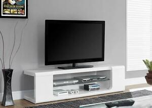 "TV STAND – 60""L / HIGH GLOSSY WHITE WITH TEMPERED GLASS ---- FREE DELIVERY"