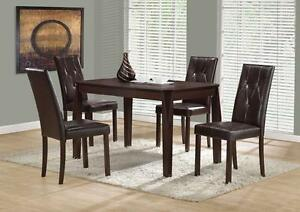 NEW !    Table with 4 chairs