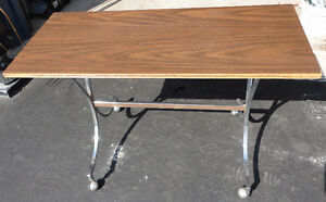 Vintage solid wooden console table sofa table London Ontario image 4