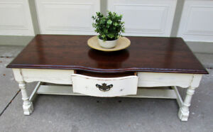 VINTAGE SOLID OAK SHABBY CHIC 2 TONE COFFEE TABLE - 1 OF A KIND