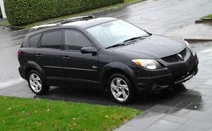 Pontiac Vibe/manuelle/tout équipée 113,000 km