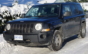 2010 Jeep Patriot SUV, Crossover