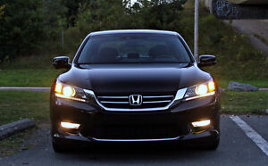 2013 Honda Accord EX-L Sedan - Top of the line features !! St. John's Newfoundland image 7