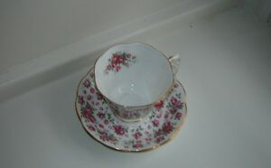 China tea cups and saucers London Ontario image 10