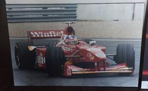 À donner Cadre/Frame Formula 1 (J. Villeneuve + Honda)