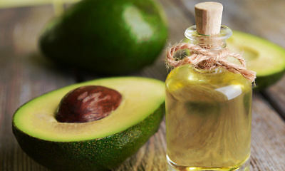 High Quality All Natural Makeup (Organic High Quality Cosmetic Refined Avocado Oil All Natural Skin Care Oil )
