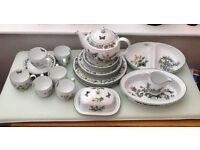 ROYAL WORCESTER HERBS PATTERN CHINA