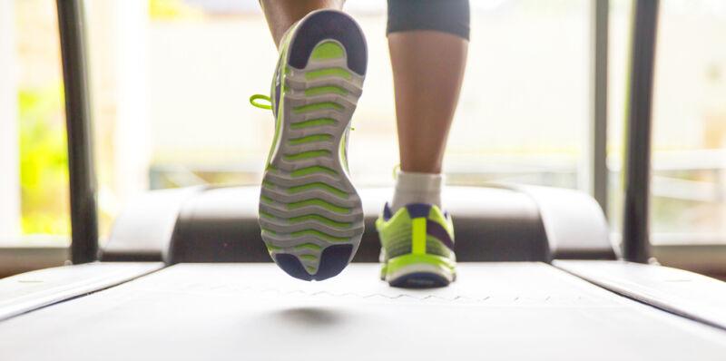 Beim Laufschuhkauf heißt es testen, was das Zeug hält. (© Thinkstock über The Digitale)