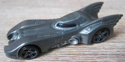 1:64 HOT WHEELS BATMOBILE