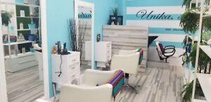 Salon de coiffure , Chaise à louer.